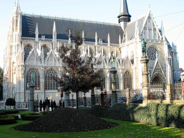 Notre Dame du Sablon Brussels one of the things to do with toddlers